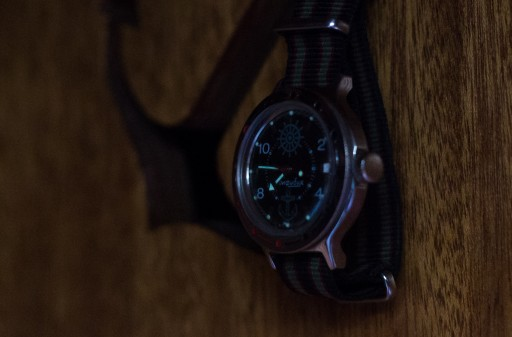 Vostok Amphibia Review – The luminous hands and dial
