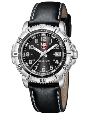 Luminox Colormark Ladies Dive Watch