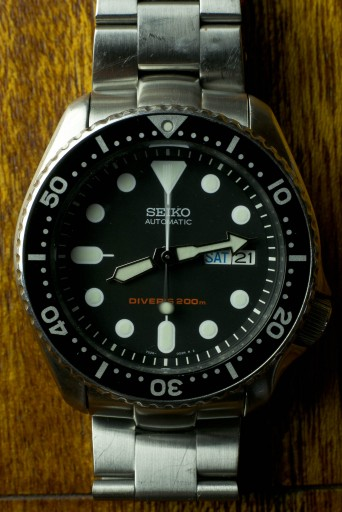 Best Dive Watches Under $200 – Seiko SKX007 on StrapCode oyster bracelet