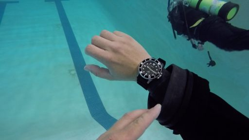 Casio MDV106 Review – Diving In The Pool