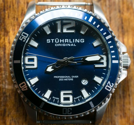 Stuhrling Aquadiver Regatta Review – Dial