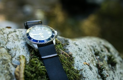 Stuhrling Aquadiver Regatta Review – On Rocks