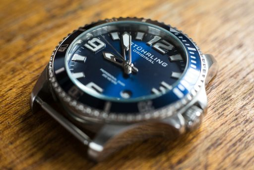 Stuhrling Aquadiver Regatta Review – Right