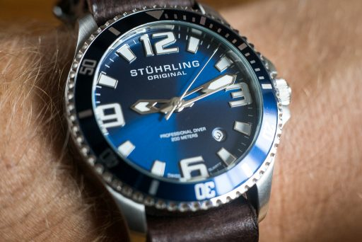 Stuhrling Aquadiver Regatta Review – Wrist Shot Close
