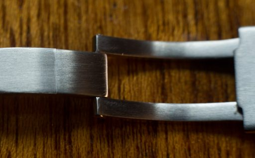 Strapcode Endmill Bracelet Review – Clasp Hinge