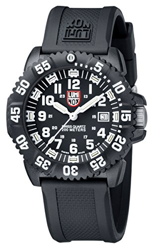Best Dive Watches Under $200 – Luminox 3051 Colormark
