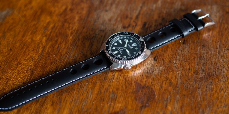 Clockwork Synergy Strap Review - Leather Rally Strap