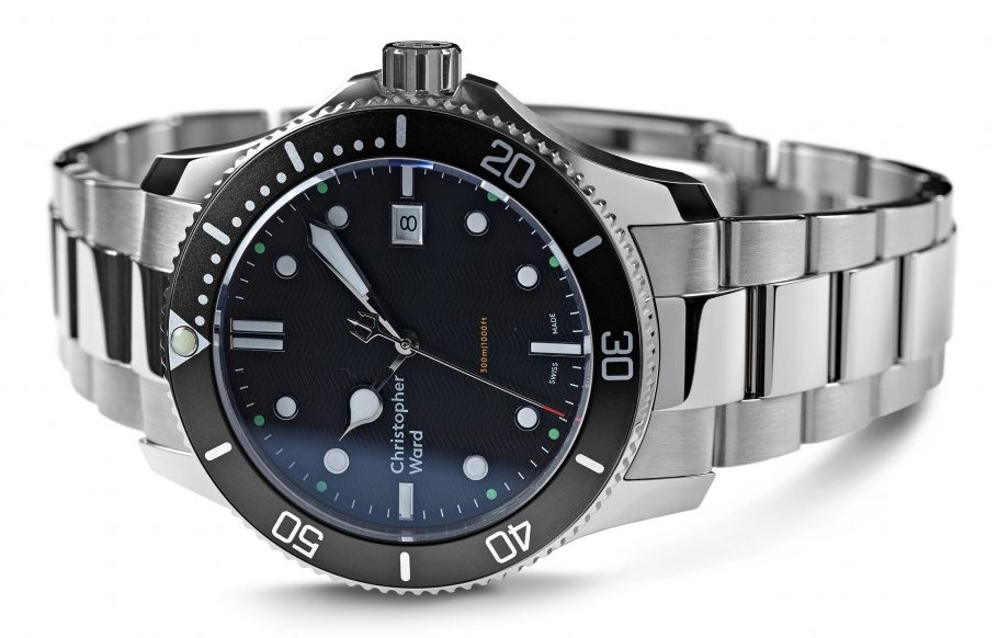 Best Women's Dive Watches - Christopher Ward C60 Trident 300 Black Sideways